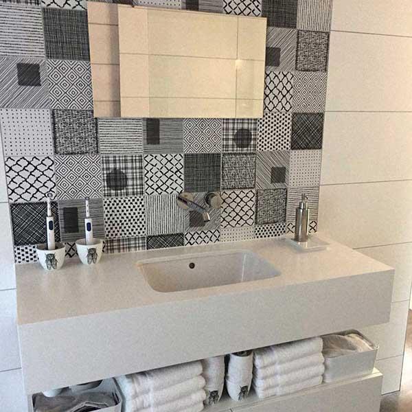 badkamer-laten-betegelen-Eindhoven