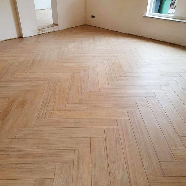 tegelvloer-houtlook-Bergeijk